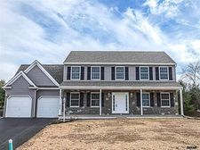 1458 Farm Cross Way, York, PA 17408