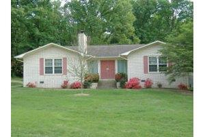 130 Ridgecrest Dr, Batesville, AR 72501