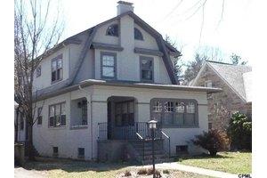 3121 Green St, Harrisburg, PA 17110