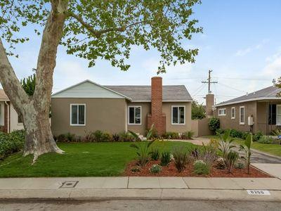 8200 Creighton Ave, Westchester, CA