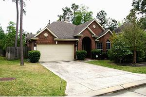 Photo of 99 ABRAM CIR,Spring, TX 77382