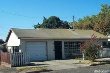 16 Louie Ave, Lodi, CA 95240