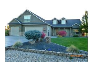 15593 Eclipse Dr, Caldwell, ID 83607