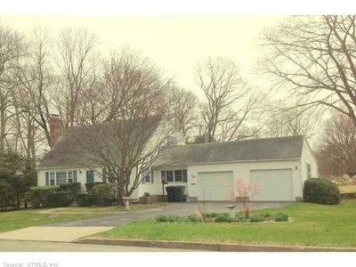 19 Pigeon Rd, Willimantic, CT