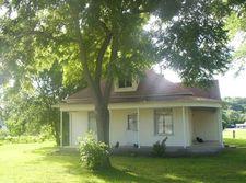 310 Cedar St, Montrose, IA 52639
