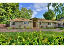 12940 Pierce Rd, Saratoga, CA 95070