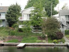 4176 Wilmar Dr, New Franklin, OH 44319