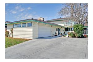 754 Ambrose Dr, South Salinas, CA 93901