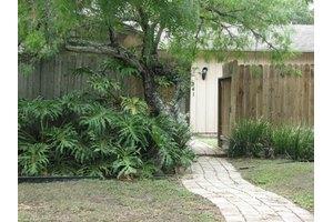 241 Chenoweth Dr, Corpus Christi, TX 78404