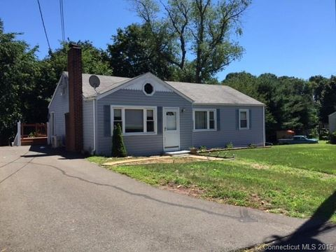 141 Highland Ave, East Haven, CT 06513