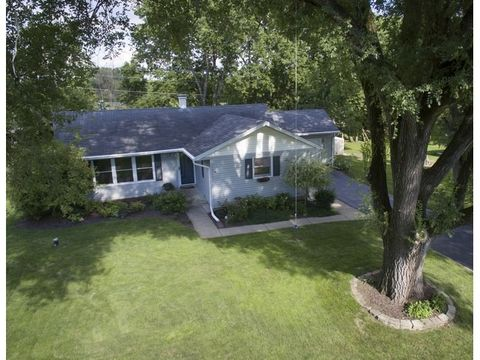 22605 S Carrie Ave, Channahon, IL 60410