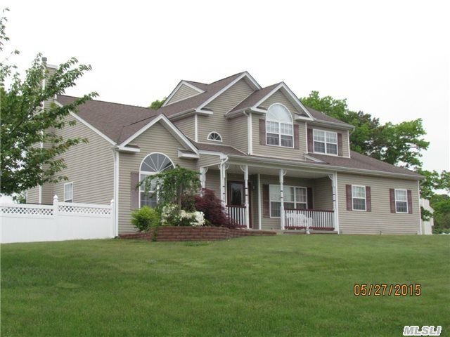35 Ashley Cir, Manorville, NY 11949 - Home For Sale and ...