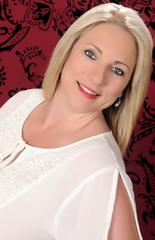 a Alvis                    Wendy  Sales Associate Real Estate Agent