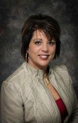 Lori                    Weiss                    Broker