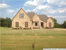 498 Byhalia Creek Farms Rd, Byhalia, MS 38611