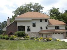 8241 Baytree Ct, West Chester, OH 45069