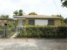 3511 Nw 15th St, Miami, FL 33125