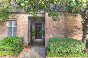 8632 La Fonte St, Houston, TX 77024