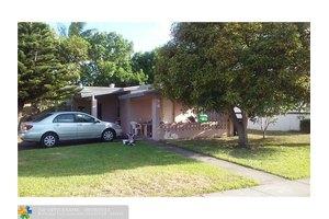 4800 NW 11th Pl, Lauderhill, FL 33313