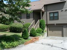 86 Stillmeadow Cir, Monroe, CT 06468