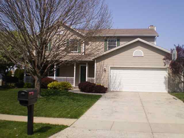 1917 Berkshire Gardens Cc Ln, Normal, IL 61761