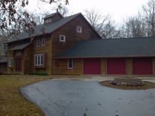 4494 Nicolet Dr, Green Bay, WI 54311