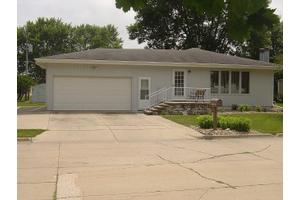 806 Southfield Dr, Webster City, IA 50595