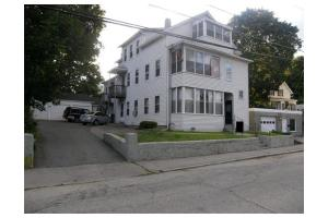 25-27 Granite St, Webster, MA 01570