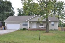 121 E Pine St, Wheatfield, IN 46392