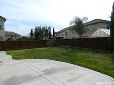 17775 Almond Orchard Way, Lathrop, CA 95330
