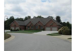 5715 Fountain View Dr, Wheatfield, IN 46392
