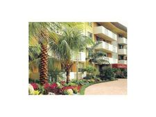 1800 Sans Souci Blvd Apt 116, Miami, FL 33181