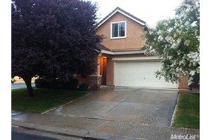 5082 Tuckerman Way, Sacramento, CA 95835