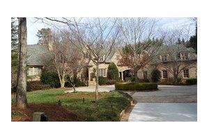 131 Burdette Rd, Atlanta, GA 30327