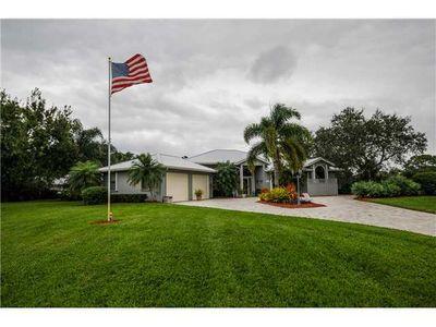 1035 Sw Magnolia Bluff Dr, Palm City, FL