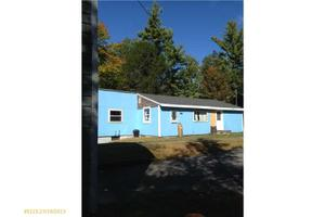 44 Old Thompson Rd, Buxton, ME 04093