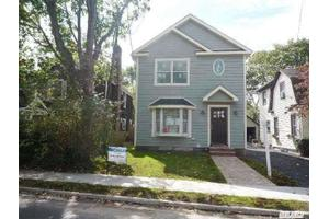 93 Carman Ave, Woodmere, NY 11598