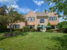 102 Carnaby Cir, Montgomeryville, PA 19454