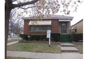 6922 W Armitage Ave, Chicago, IL 60707