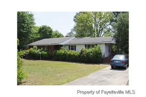 3405 Boone Trl, Fayetteville, NC 28306