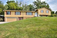 20270 Perry Rd, Council Bluffs, IA 51503