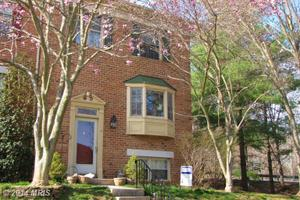 18 Victoria Falls Ct, Sparks, MD 21152