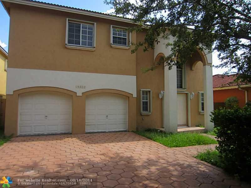 15802 Sw 69th Ln, Miami, FL 33193 - realtor.com®