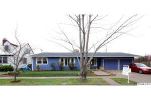 717 NW 34th St, Corvallis, OR 97330