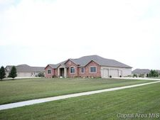 985 Fraase Rd, New Berlin, IL 62670