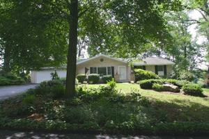 172 Westview Dr, Elizabethtown, PA 17022