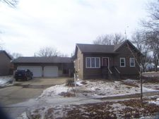 1121 N Lincoln Ave, Sioux Falls, SD 57104
