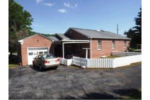 1655 Jackson Love Hwy, Erwin, TN 37650