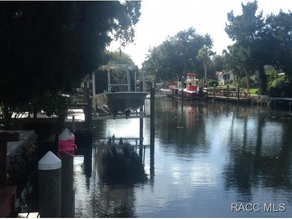 mls 722743 in homosassa fl 34448 home for sale and