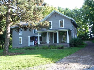 13 State St, Bloomfield, NY